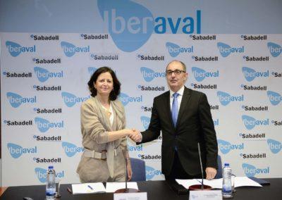 Banco Sabadell e Iberaval firman un convenio para financiar a cientos de pymes y autónomos de Castilla y León