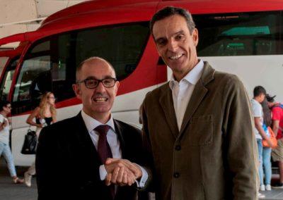 Iberaval y CONFEBUS refuerzan su colaboración para financiar al sector transporte