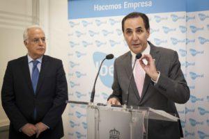 José Rolando Álvarez interviene durante la apertura de la nueva oficina de Iberaval en La Rioja