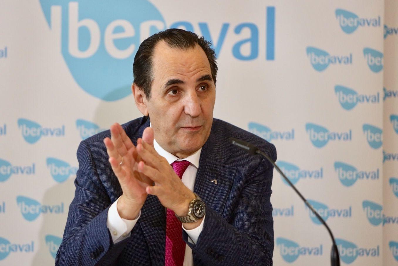José Rolando Álvarez, durante la rueda de prensa