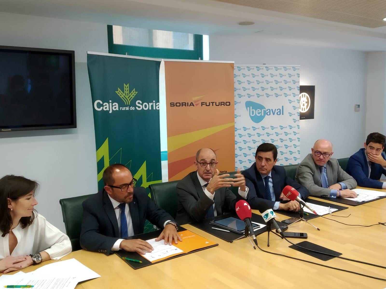 Firma del acuerdo con Soria Futuro