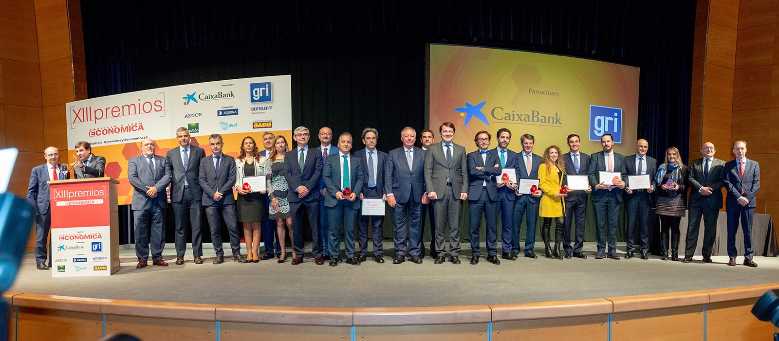 Foto de grupo XIII Premios CyLEconomica