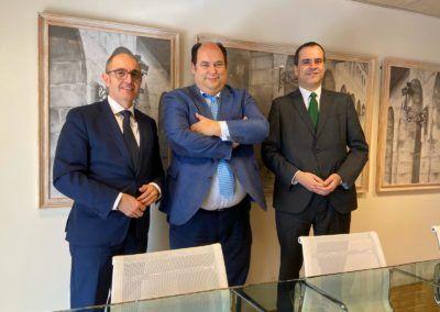 Iberaval traslada al Gobierno de La Rioja la importancia de colaborar en favor de las pymes de la Comunidad