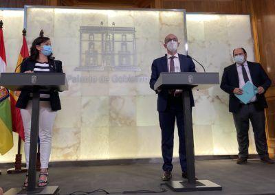 Iberaval y el Gobierno de La Rioja facilitarán 112 millones de euros en su línea de apoyo a la compra de la uva